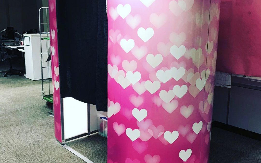 pink heart photo booth hire coventry