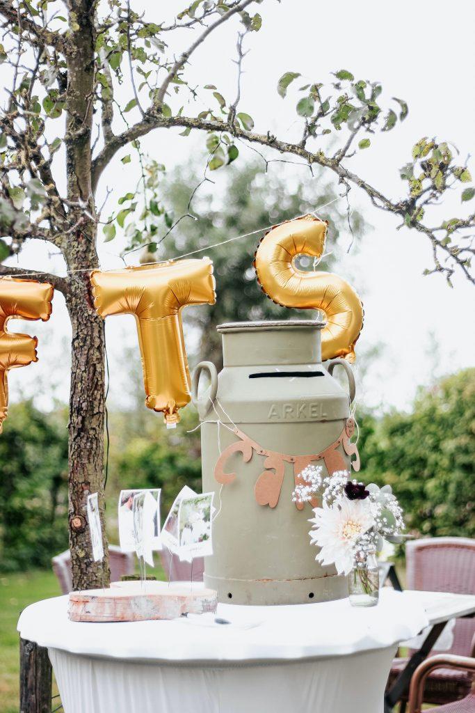 honeymoon wedding gifts 1