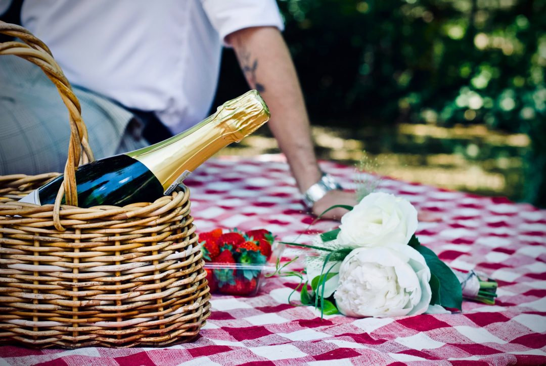 Wedding celebration - champagne picnic