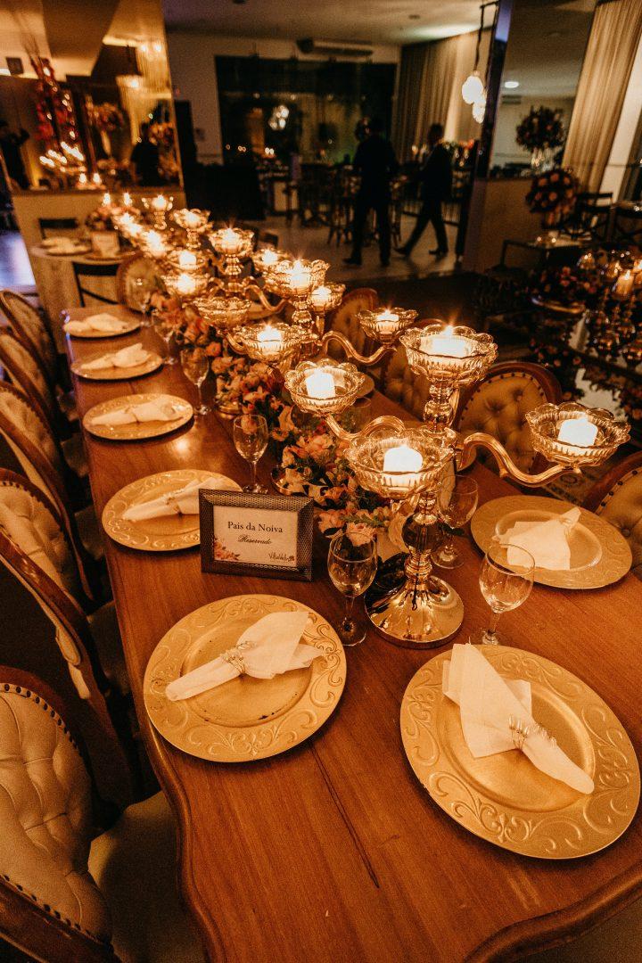 Luxurious wedding breakfast table setting