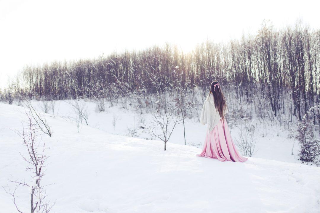 Winter Wedding Photo Shoot in the Snow