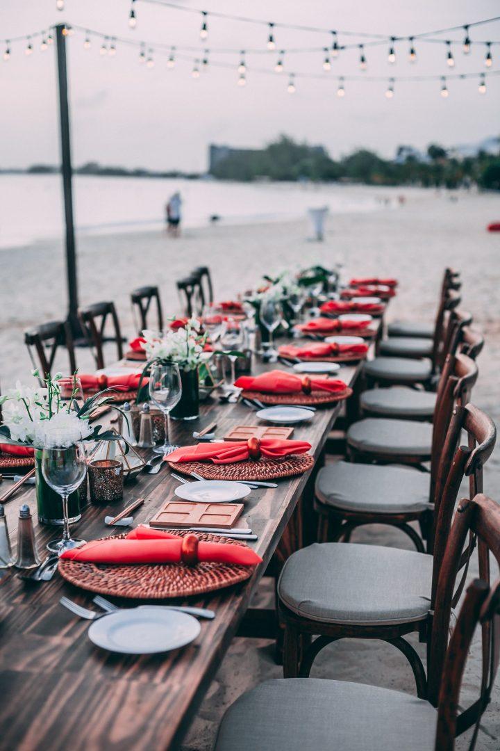 Rustic outdoor wedding beach table setting