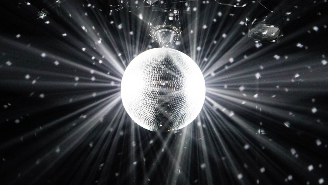 Epic wedding ideas - more time for disco dancing