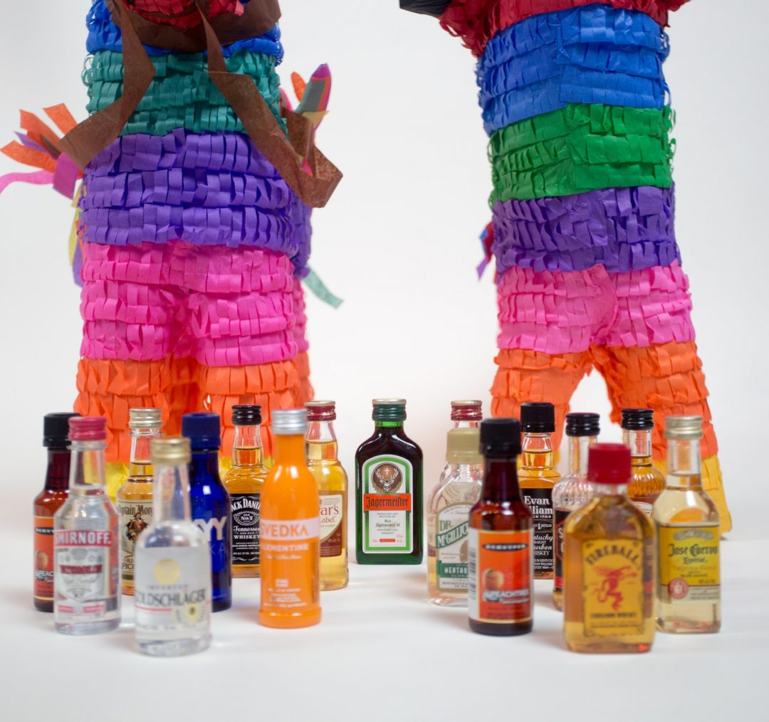 Creative wedding day idea - pinata - epic weddings