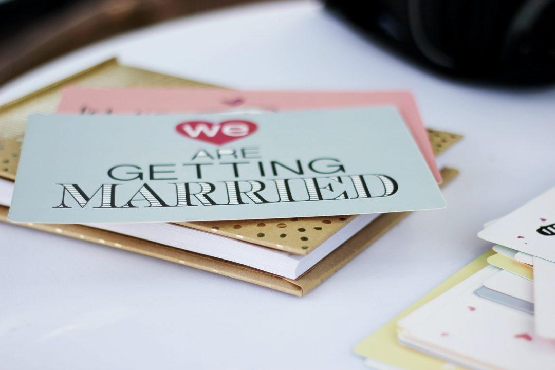 EPIC wedding entertainment ideas - invitation envelop design