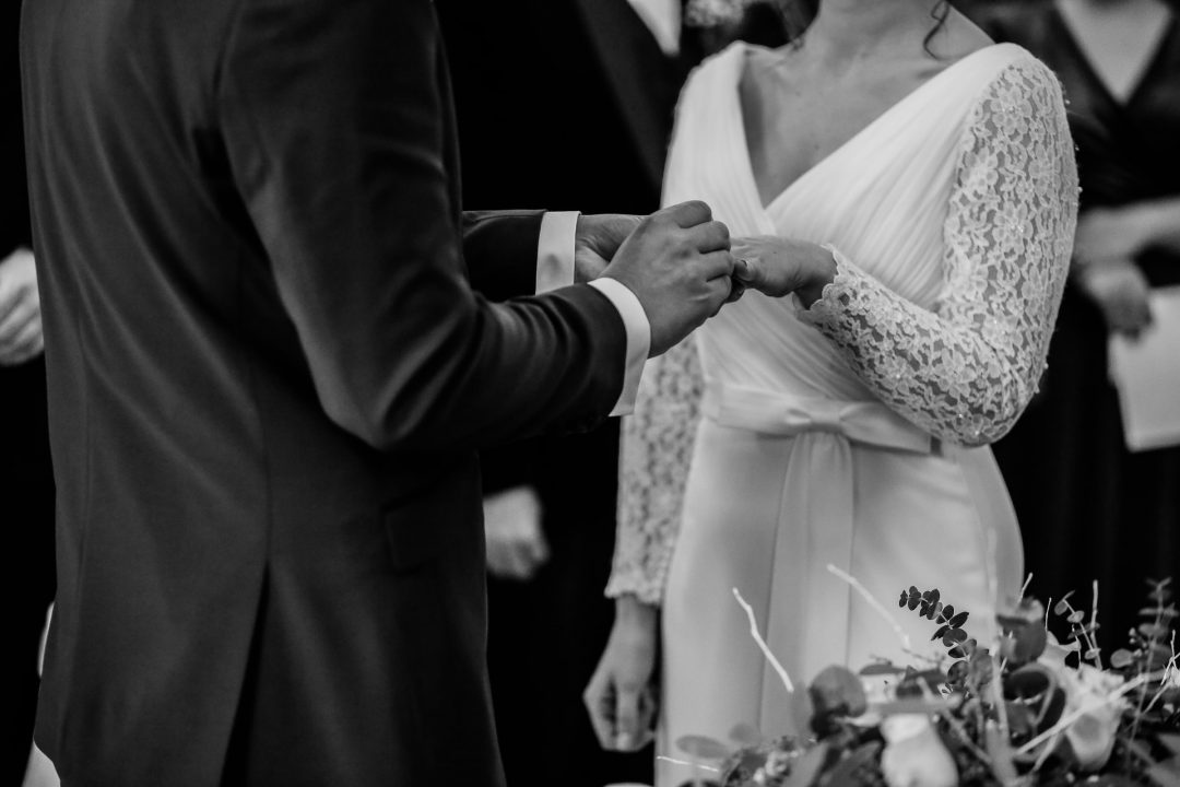 Personalised wedding vows for an EPIC wedding ceremony